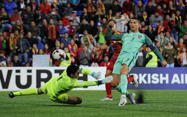 Soi kèo M88 trận Tây Ban Nha vs Bồ Đào Nha, 01h00 ngày 16/6: Phục hận Bò tót